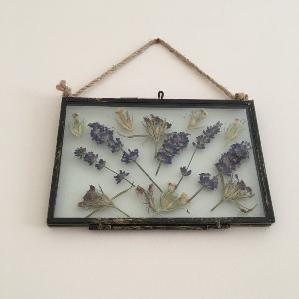 Upcycled Lavender & Sweetpea Hanging 6x4 Frame